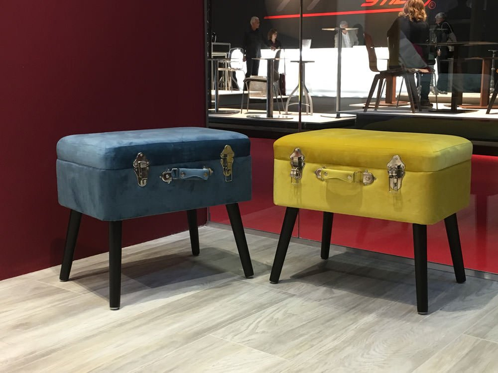 stools for teenagers