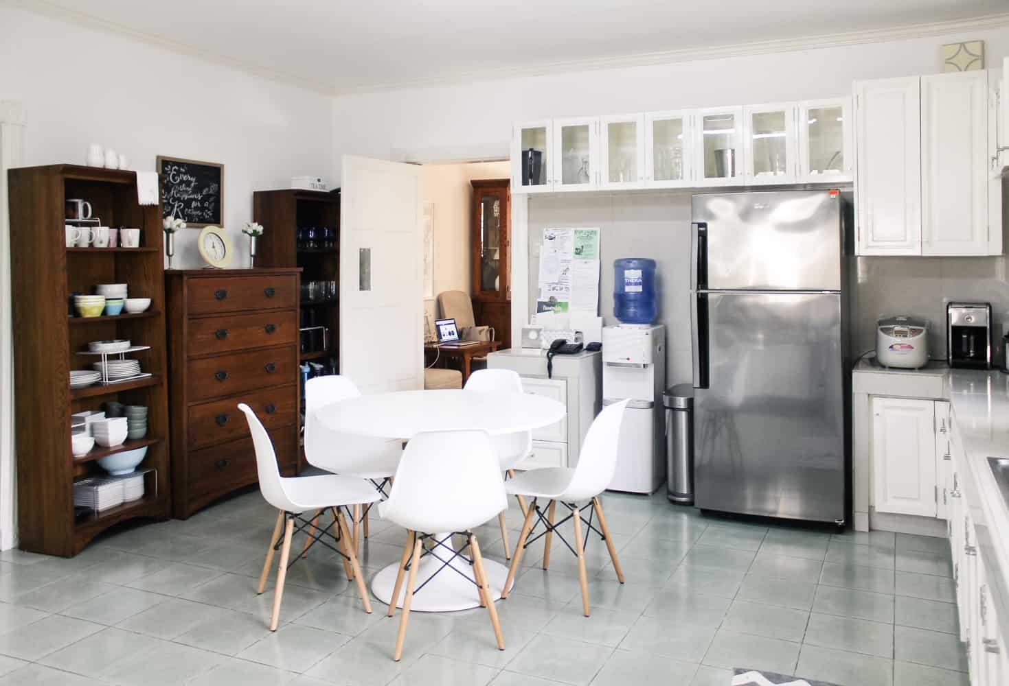 Kitchen White Table 3